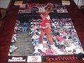 Picture: This is an original and rare full size 23 X 35 Spud Webb of the Atlanta Hawks reverse dunk at The Omni Sports Illustrated poster from 1989 in very good shape with no pin holes or tears. There is mild wear upper left corner, but the image area is untouched and in excellent plus shape. The important thing to remember is that this is a guaranteed authentic, real and and original poster and not a fake. Poster will be sent first class with tracking number in a specially bought commercial grade tube